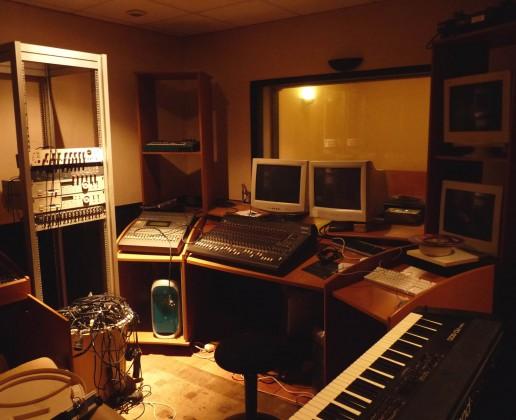 7.6-studio