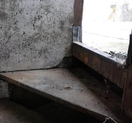 1.8 escalier tour