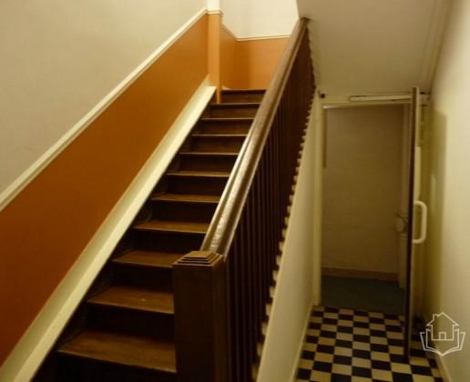 A 12.1 escalier