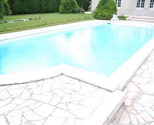 0.8 piscine